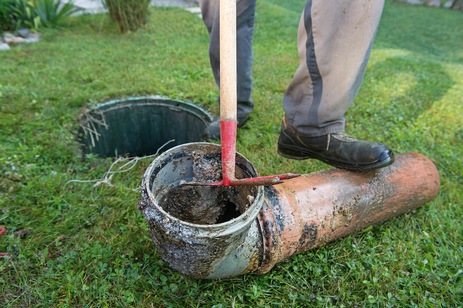 Septic Tank Pipe Cleaning